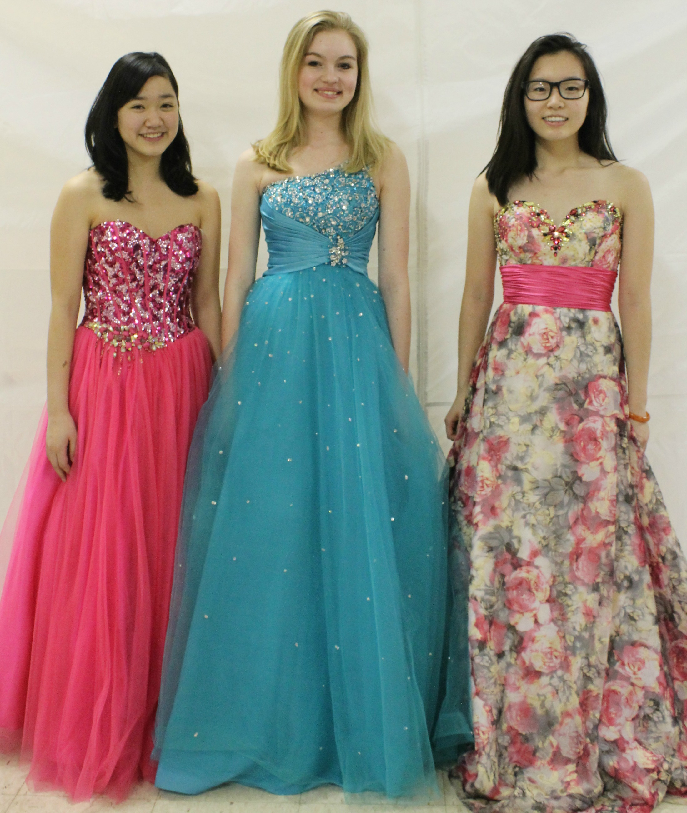 Community nonprofit provides prom dresses to high school girls in ...